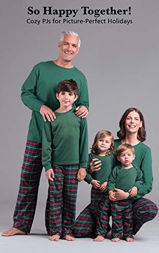 8eb562842b4 Make your family party a festive and comfortable party with this set of flannel  plaid pajamas for the whole family. This is a great way to get your entire  ...