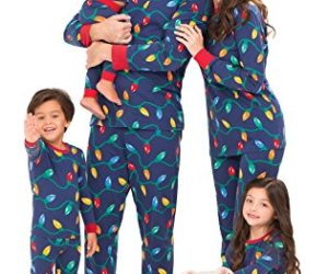 c3a9a3c13e HABPY HOLIDAY SET PAJAMA SETS - A fun and festive family Christmas pajamas  and fun including a long sleeved top and full trousers covered with a  colorful ...